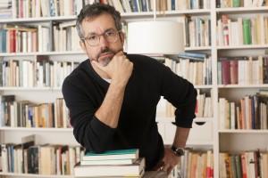 São Paulo, 29 de junho de 2016. retrato do escritor Bernardo Carvalho para foto divulgação e orelha de livro. (fotos: Julia Moraes)